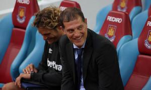 """Bilickunne koste på seg et sjeldent smil etter seieren mot Huddersfield. """"West Ham Vs Birkrikara""""(CC BY 2.0)byjoshjdss"""